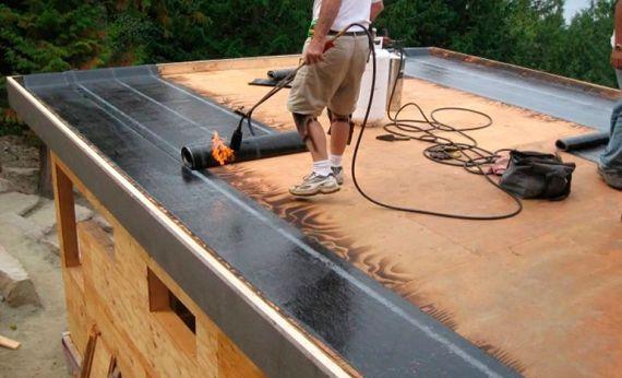 Чем и как правильно покрыть крышу гаража своими руками: пошаговая инструкция, видео